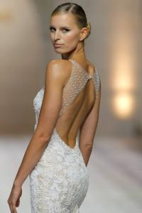 pronovias-wedding-dresses-2015-2-06182014nz