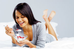 eating-yogurt-lacrima