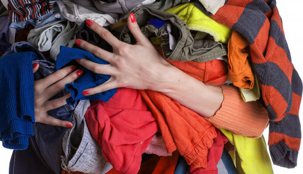 Where-to-Sell-Old-Clothes2WEB
